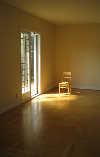 lonely_chair.jpg