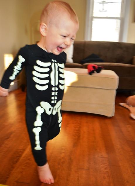 spooky_skel.jpg