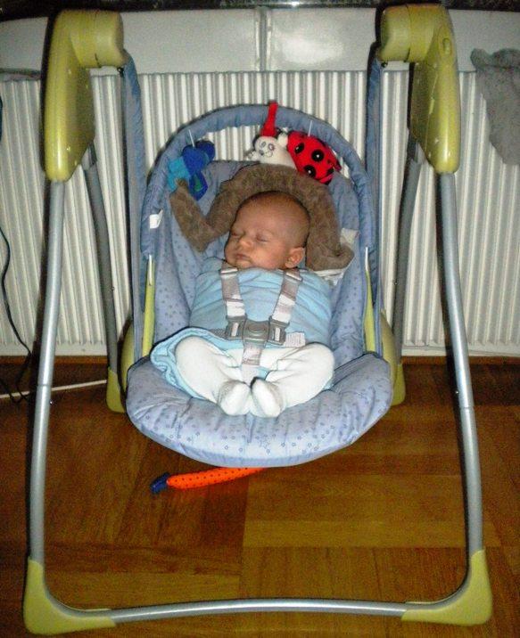 swing_chair.jpg