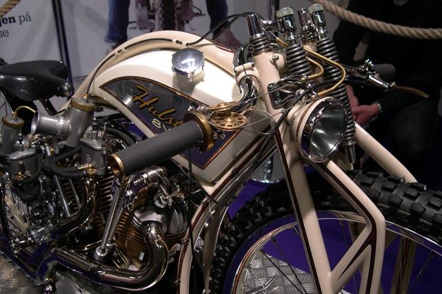 hulster_8_valve.JPG